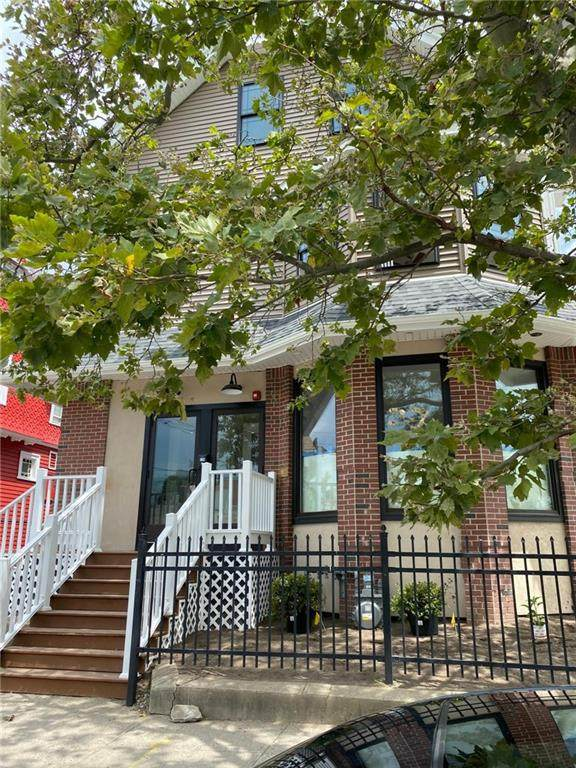728 Broad Street - Photo 1