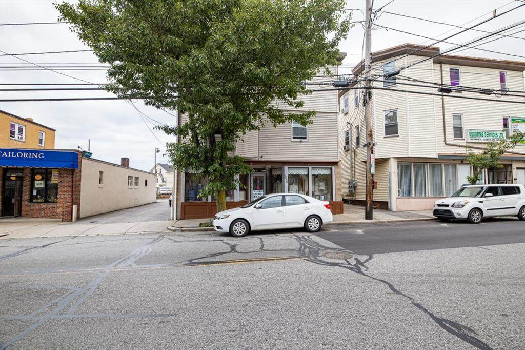 594 Charles Street - Photo 1