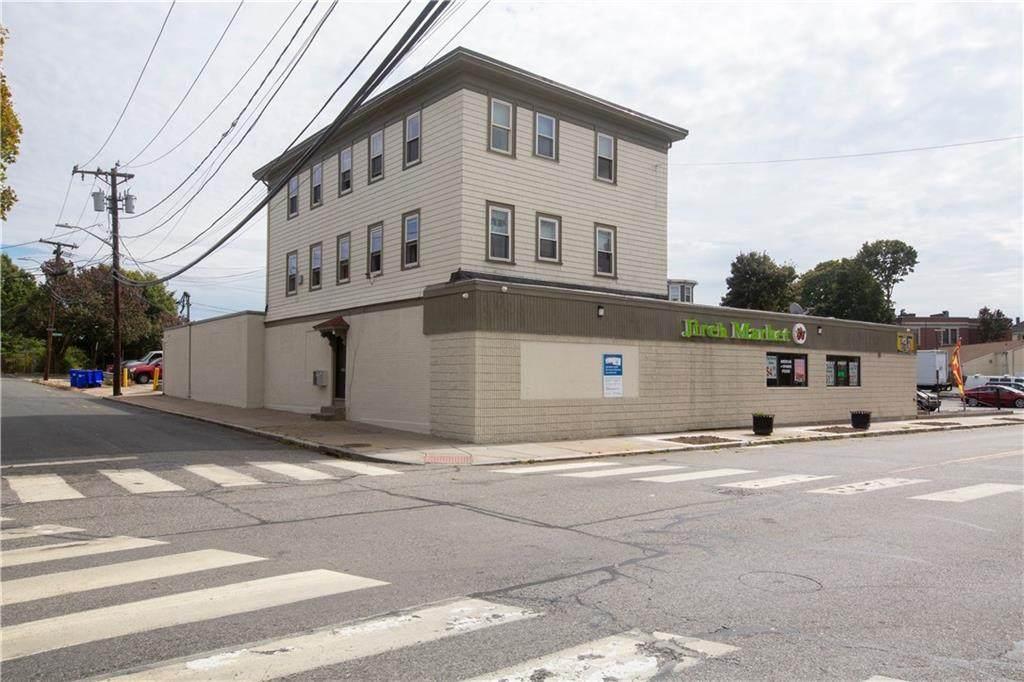 567 Charles Street - Photo 1