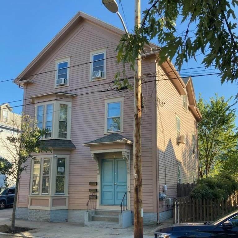126 Willow Street - Photo 1
