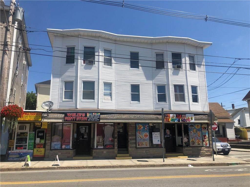 883 Dexter Street - Photo 1