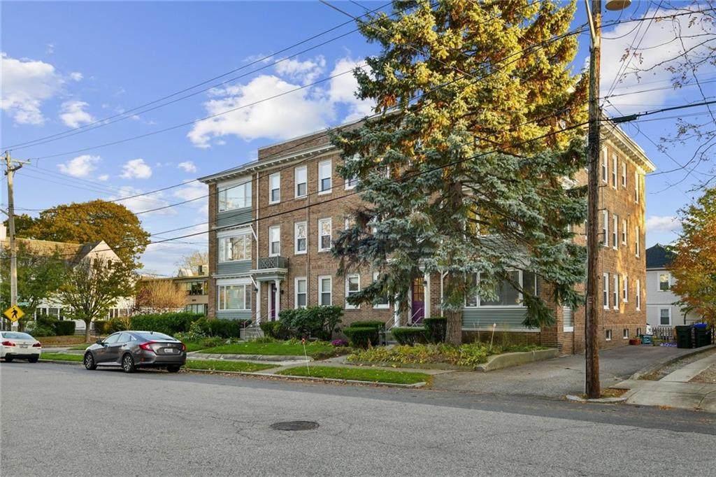 539 Lloyd Avenue - Photo 1
