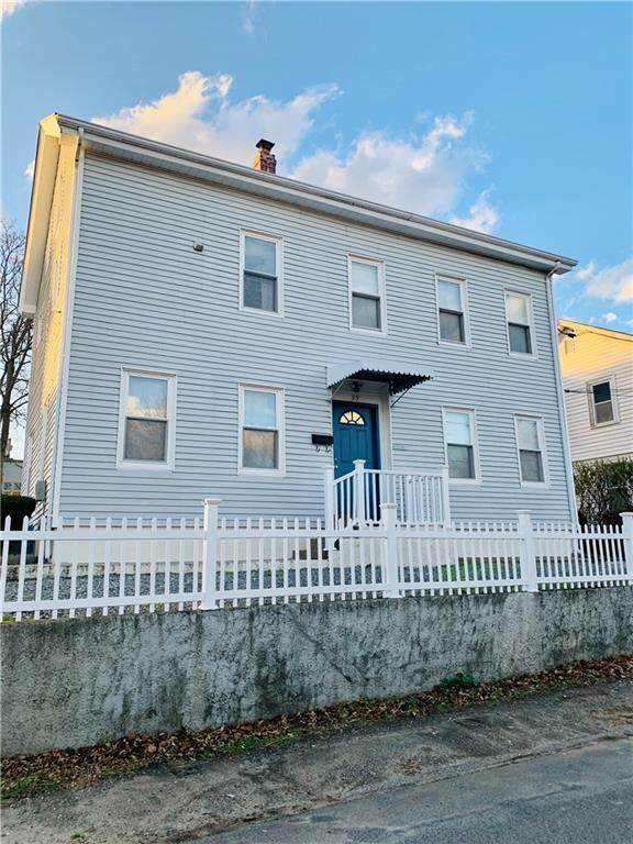 33 Buffum Street, Pawtucket, RI 02860 (MLS #1271099) :: The Seyboth Team