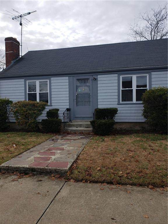 45 Edgemere Road, Pawtucket, RI 02861 (MLS #1271292) :: The Seyboth Team