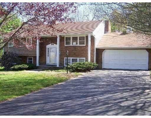 19 Harrington Avenue, Portsmouth, RI 02871 (MLS #1271762) :: Welchman Real Estate Group