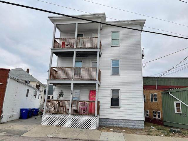 161 Lincoln Avenue, Central Falls, RI 02863 (MLS #1272031) :: The Martone Group