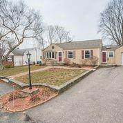 25 Fisher Street, East Providence, RI 02914 (MLS #1273778) :: Dave T Team @ RE/MAX Central