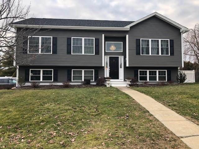 2 Midland Drive, West Warwick, RI 02893 (MLS #1273959) :: Welchman Real Estate Group