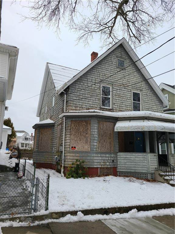 138 Harrison Avenue, Woonsocket, RI 02895 (MLS #1274799) :: The Martone Group
