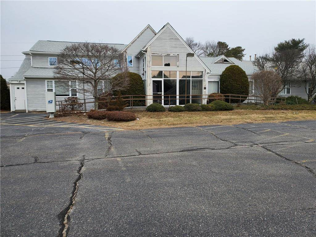 5782 Post Road - Photo 1