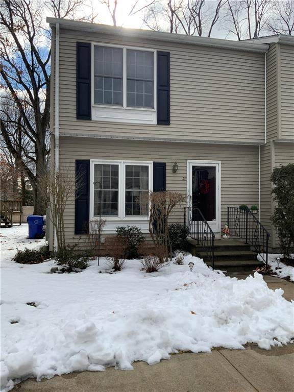 31 Riverwoods Court, East Providence, RI 02916 (MLS #1275860) :: The Martone Group