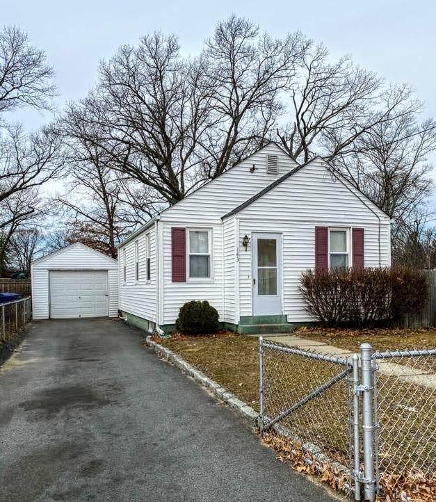143 Welfare Avenue, Warwick, RI 02888 (MLS #1277319) :: Welchman Real Estate Group