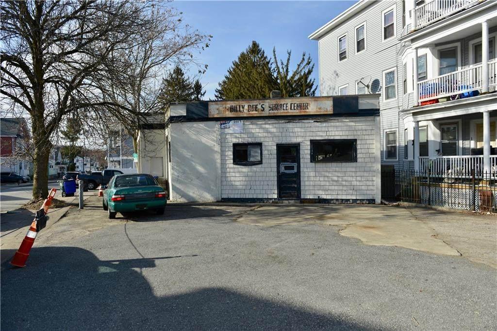 255 Pocasset Avenue - Photo 1