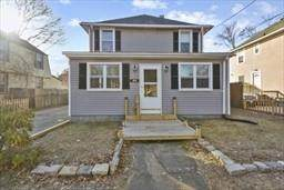 54 Royal Avenue, Warwick, RI 02889 (MLS #1278359) :: Welchman Real Estate Group