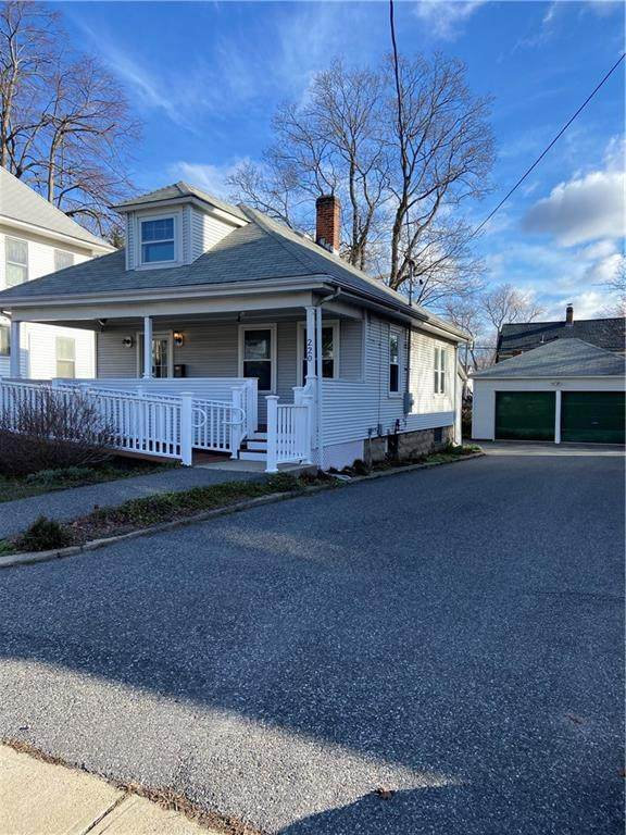 220 Waterman Avenue, East Providence, RI 02914 (MLS #1278865) :: Edge Realty RI