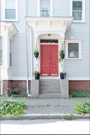 352 Carpenter Street - Photo 1