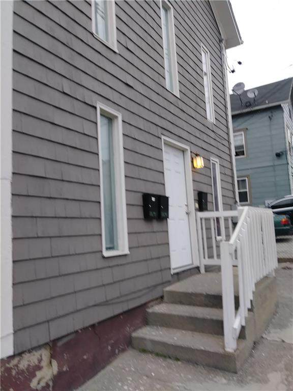 126 Silver Spring Street, Providence, RI 02904 (MLS #1280175) :: The Seyboth Team