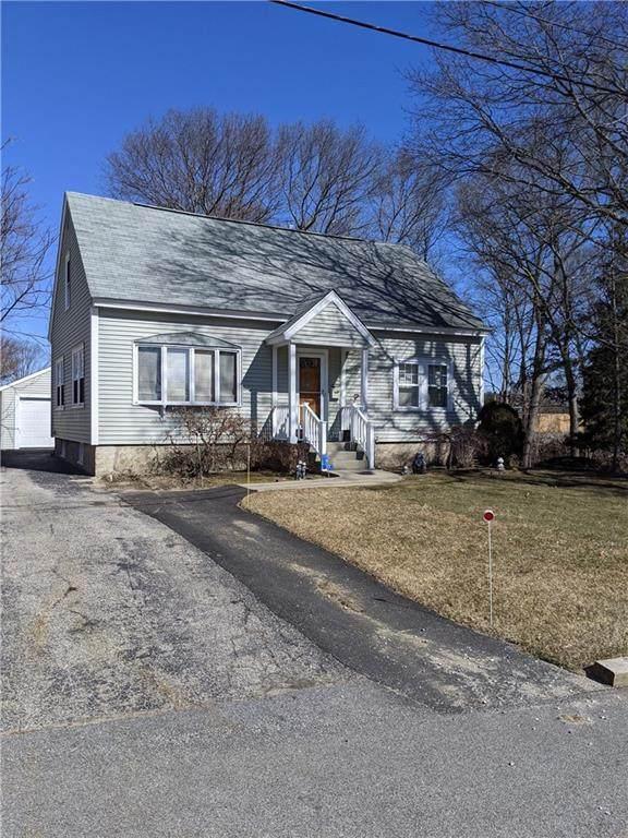 37 Crest Avenue, Warwick, RI 02886 (MLS #1280456) :: Spectrum Real Estate Consultants