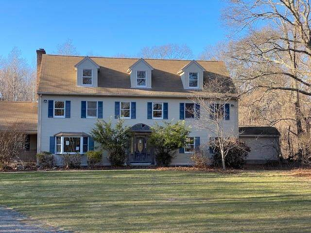 635 Iron Mine Hill Road, North Smithfield, RI 02896 (MLS #1280786) :: The Martone Group