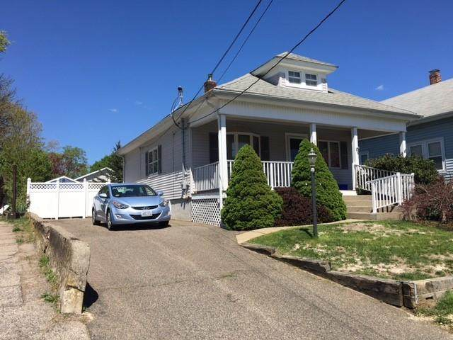 203 Francis Street, Pawtucket, RI 02860 (MLS #1282083) :: The Martone Group