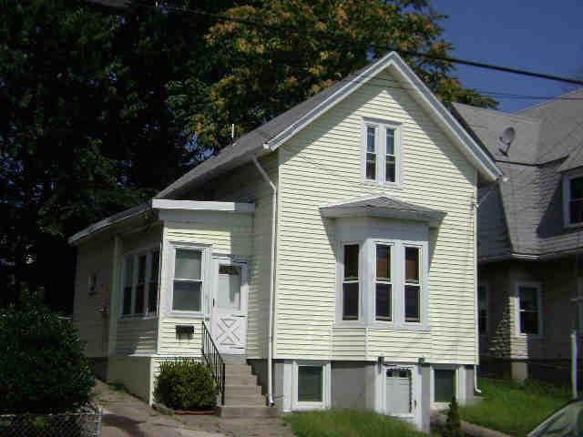 811 Main Street, Pawtucket, RI 02860 (MLS #1282928) :: Century21 Platinum