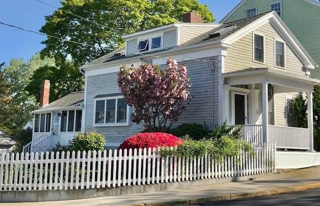 104 Elm Street, Stonington, CT 06378 (MLS #1284504) :: Spectrum Real Estate Consultants
