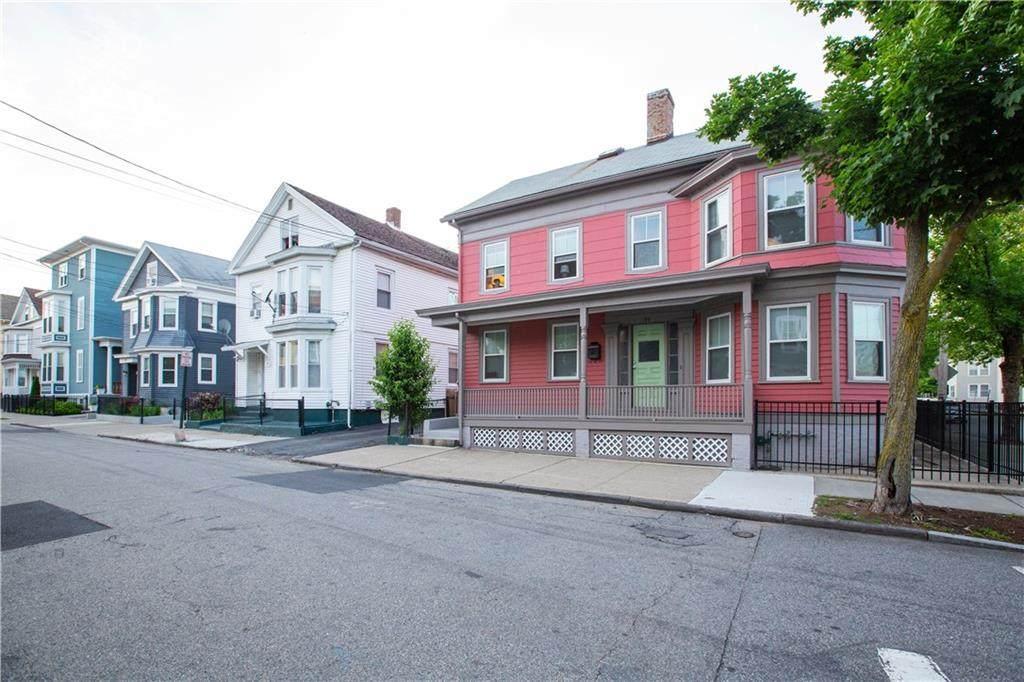 185 Carpenter Street - Photo 1