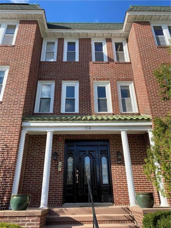 114 South Angell Street - Photo 1
