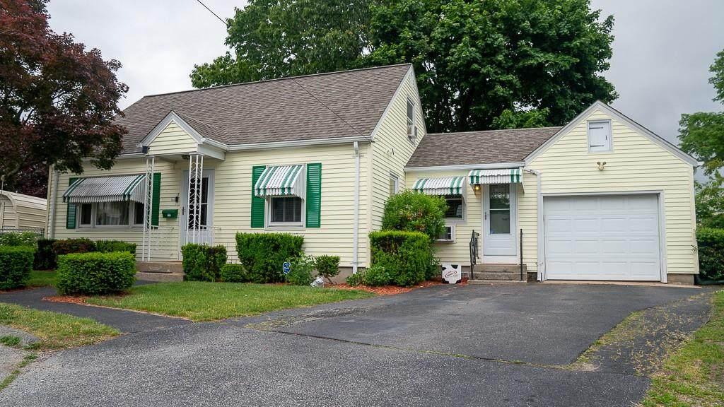 3 Cottage Circle - Photo 1