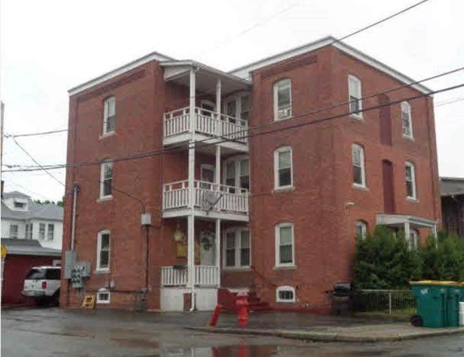 242 Estes Street - Photo 1