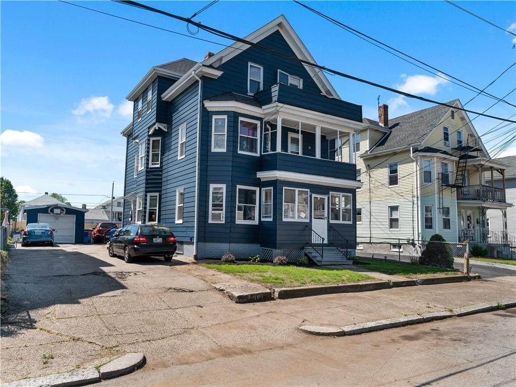 119 Suffolk Avenue - Photo 1
