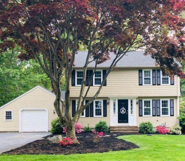 75 Hedgerow Drive, Warwick, RI 02886 (MLS #1285613) :: Chart House Realtors