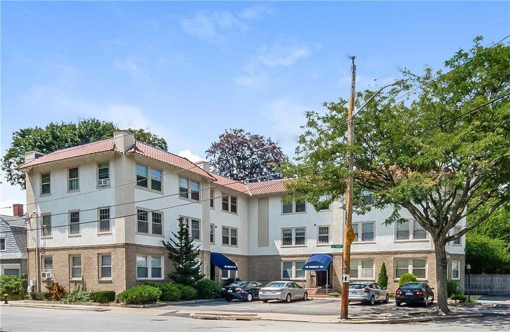 140 Humboldt Avenue - Photo 1