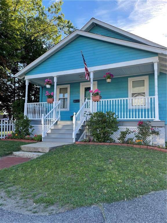 99 Phillips Avenue, Warwick, RI 02888 (MLS #1286754) :: Nicholas Taylor Real Estate Group