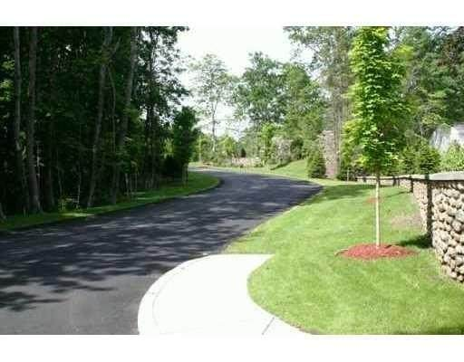 82 Roberts Way, North Kingstown, RI 02852 (MLS #1287404) :: Dave T Team @ RE/MAX Central