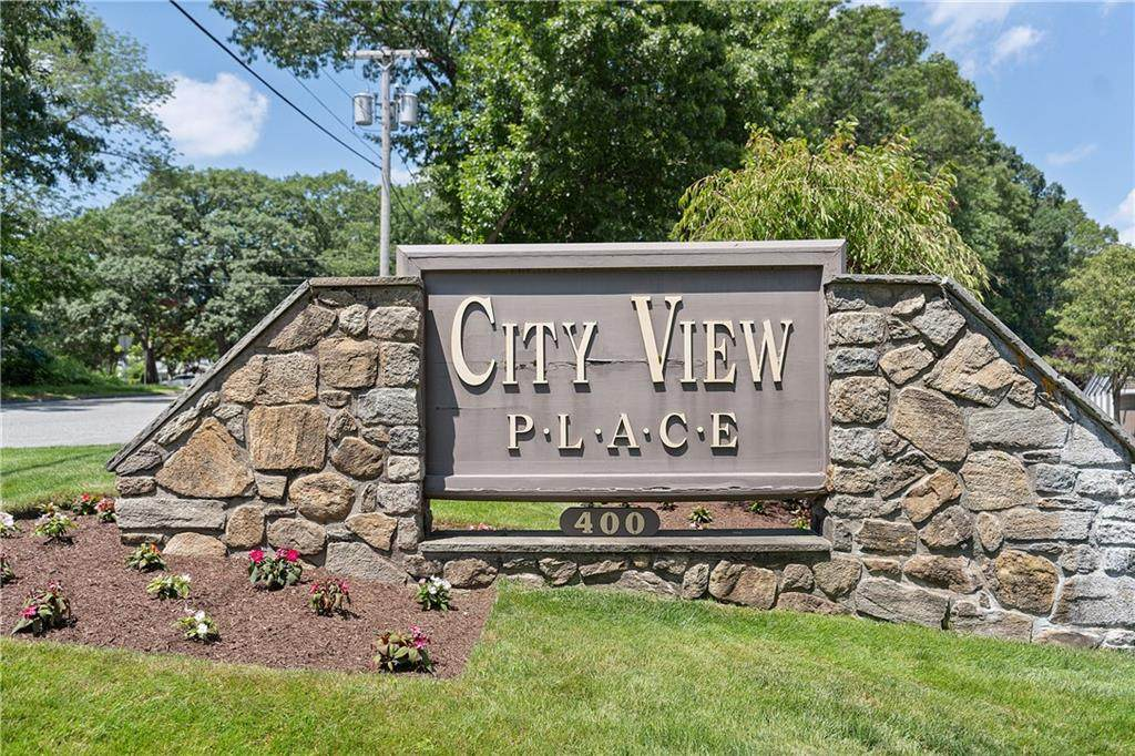 400 Meshanticut Valley Parkway - Photo 1