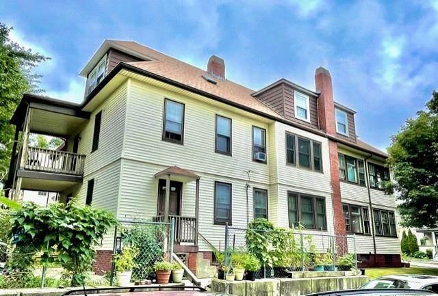 16 7TH Street, Providence, RI 02906 (MLS #1288900) :: Century21 Platinum