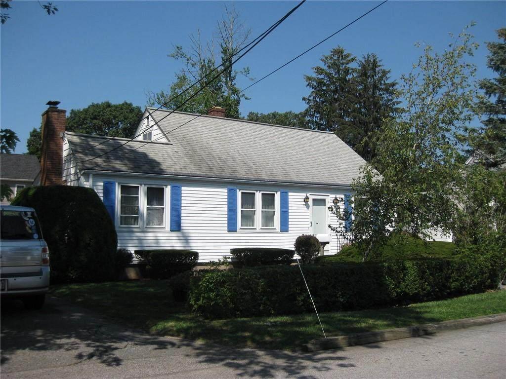 355 George Arden Avenue - Photo 1