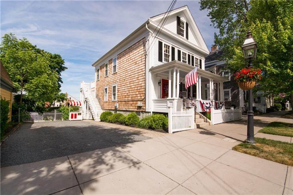 685 Hope Street - Photo 1