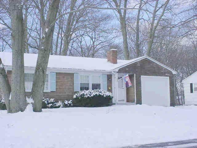 49 Ferncrest Drive, East Providence, RI 02915 (MLS #1292423) :: Westcott Properties