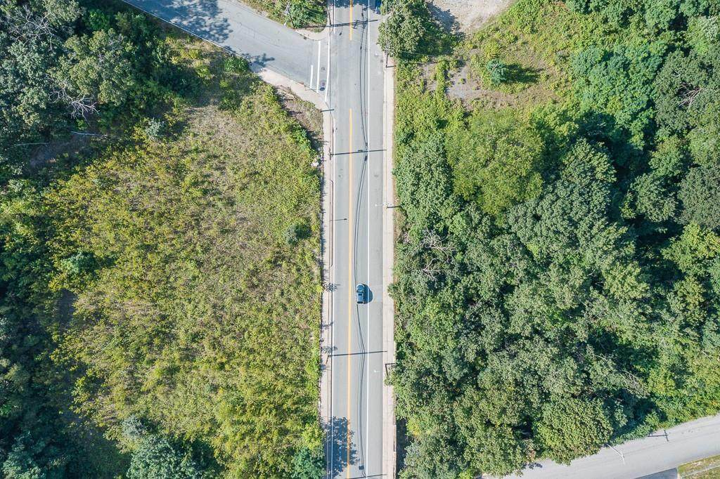 413 Manville Road - Photo 1