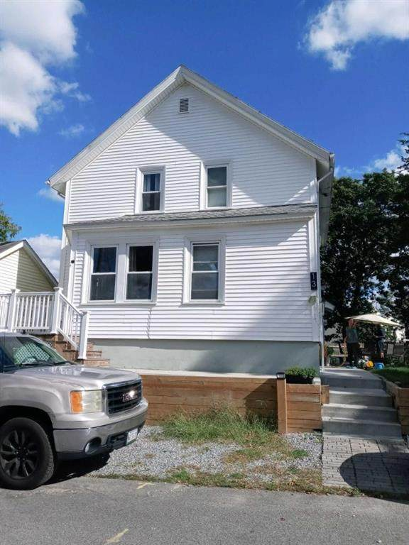 13 Ballou Street, Pawtucket, RI 02860 (MLS #1294157) :: The Martone Group