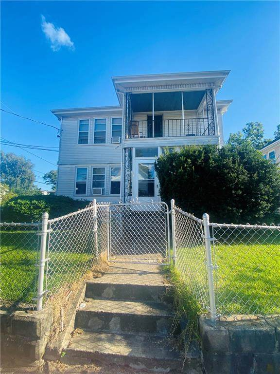 119 Rock Avenue, Pawtucket, RI 02861 (MLS #1294285) :: The Seyboth Team