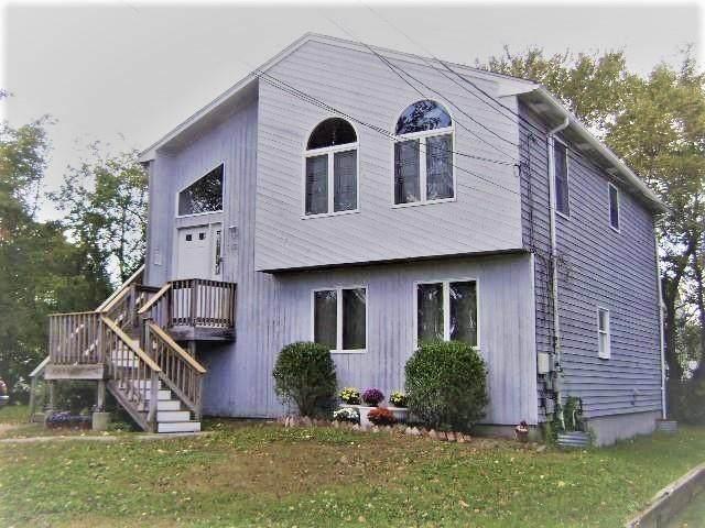 65 Chesterfield Avenue, Warwick, RI 02889 (MLS #1294380) :: The Martone Group