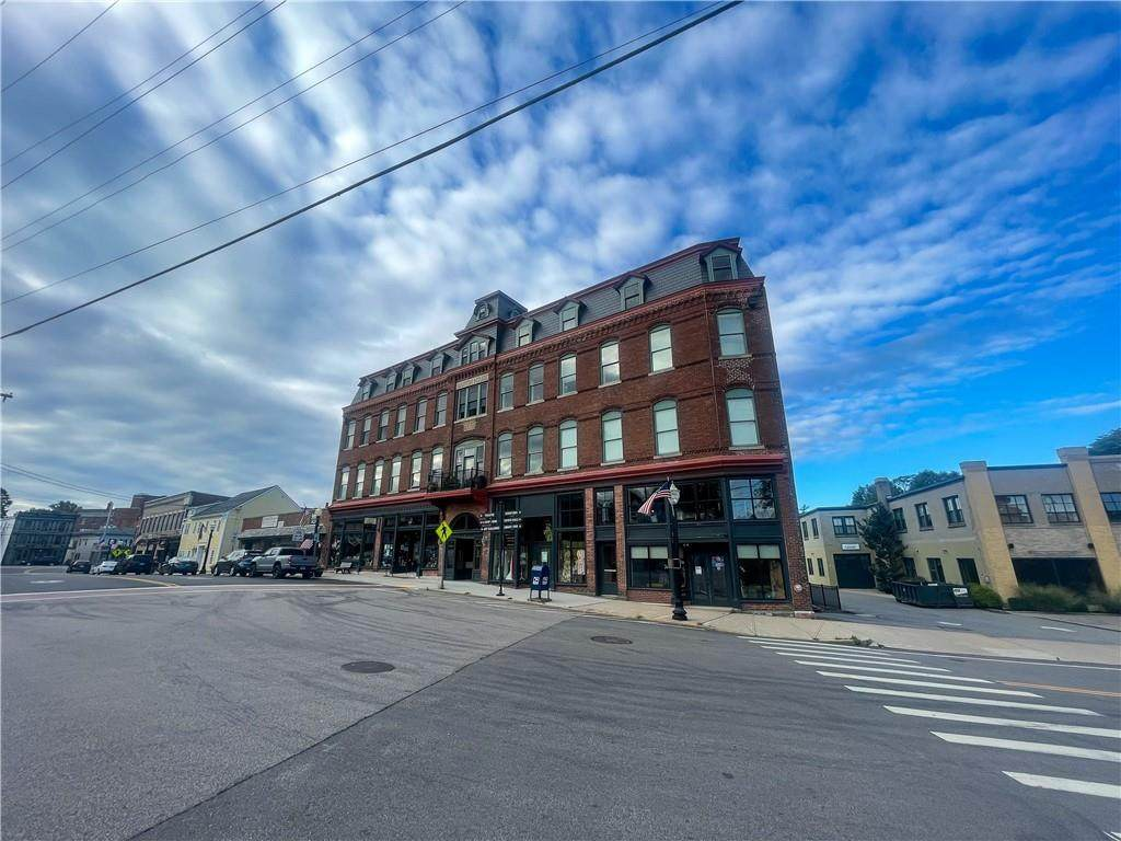 10 Canal Street - Photo 1