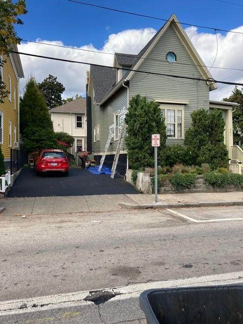 481 Pine Street - Photo 1