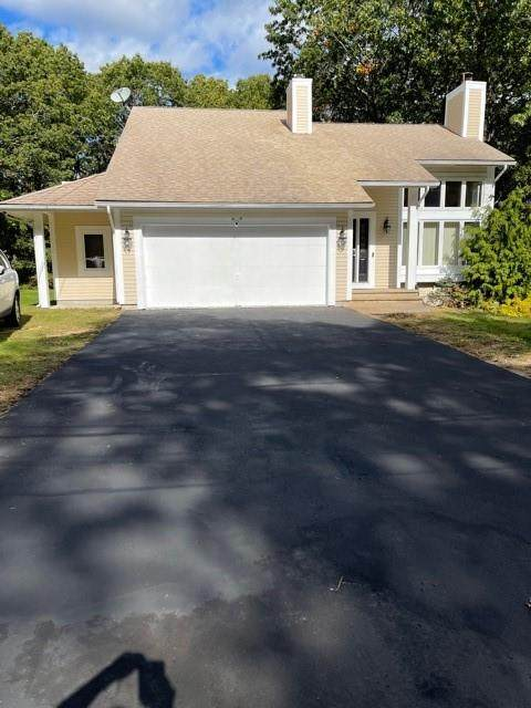 1078 Central Avenue, Johnston, RI 02919 (MLS #1296411) :: The Martone Group