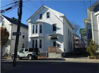 62 Pekin St, Providence, RI 02908 (MLS #1166494) :: Westcott Properties