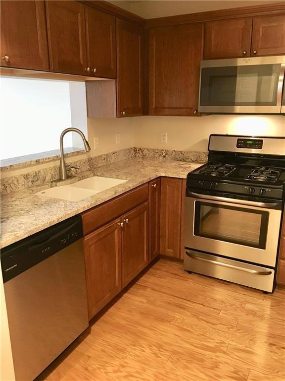 752 Quaker Lane, Unit#309 #309, Warwick, RI 02818 (MLS #1183547) :: Westcott Properties