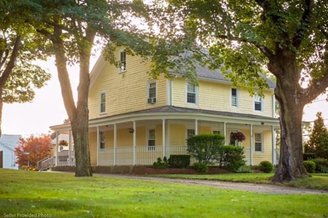 3240 Mendon Rd, Cumberland, RI 02864 (MLS #1185616) :: Westcott Properties